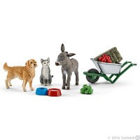 Schleich Feeding on the Farm Toy